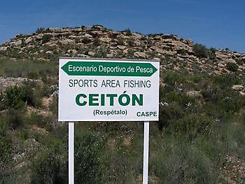 Bord Ceiton Ceiton Bay Visvakantie Ebro