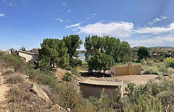 view at the water Ceitón visvakanties off grid huisje huren
